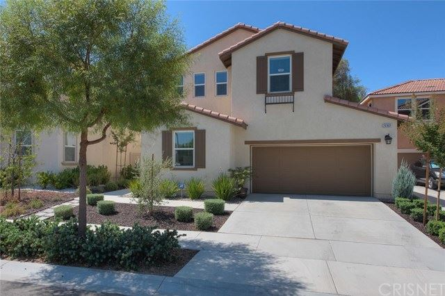 Photo for 26901 Trestles Drive, Canyon Country, CA 91351 (MLS # SR20188711)