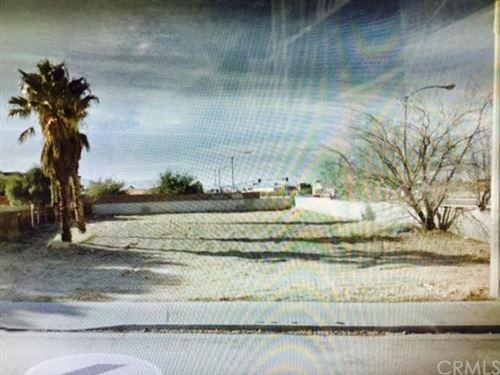 Photo of 0 Vac/Cor Avenue R/Cor Amethyst Street, Palmdale, CA 93552 (MLS # CV15051712)