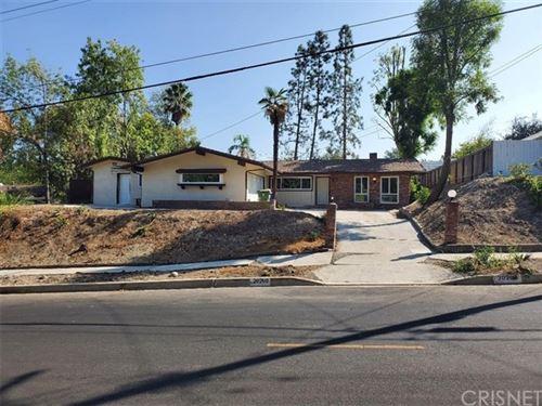 Photo of 20200 Clark Street, Woodland Hills, CA 91367 (MLS # SR20224713)