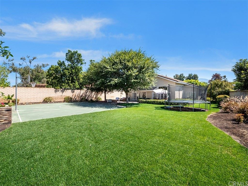 22061 Midcrest Drive, Lake Forest, CA 92630 - MLS#: OC21160713
