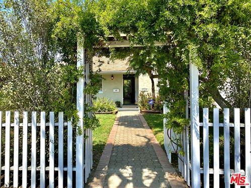 Photo of 2744 S Barrington Avenue, Los Angeles, CA 90064 (MLS # 21760714)