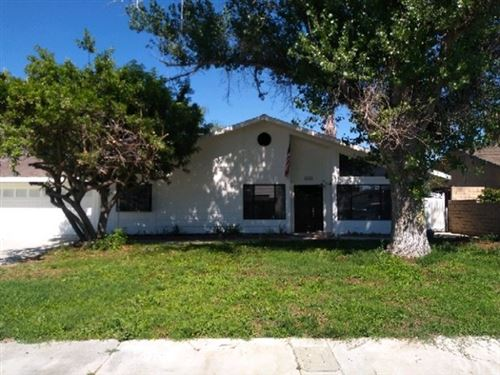 Photo of 42160 Mayberry Avenue, Hemet, CA 92544 (MLS # IV20130714)