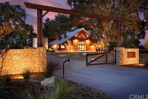 Photo of 1840 Santa Rita Road, Templeton, CA 93465 (MLS # SP20063714)