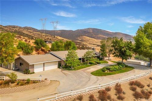 Photo of 35110 Johnson Road, Agua Dulce, CA 91390 (MLS # SR20186714)