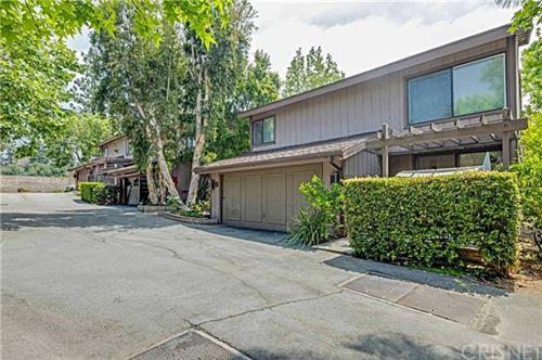 Photo of 47 Northwoods Lane, Glendale, CA 91214 (MLS # SR21098714)