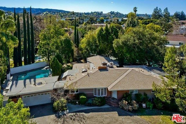 Photo of 17228 Otsego Street, Encino, CA 91316 (MLS # 21693714)