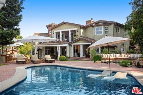 Photo of 8115 Mulholland Terrace, Los Angeles, CA 90046 (MLS # 20649716)