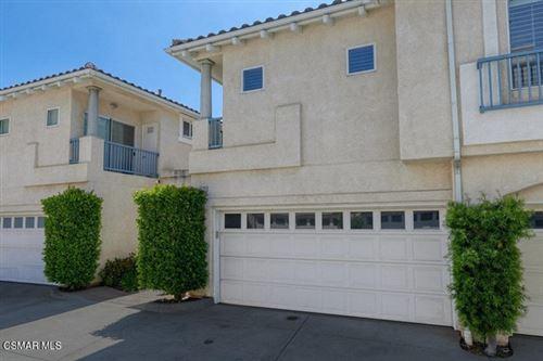Photo of 11523 Treeview Court, Moorpark, CA 93021 (MLS # 221002716)