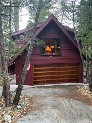 Photo of 170 Bret Harte Road, Lake Arrowhead, CA 92352 (MLS # EV21010716)