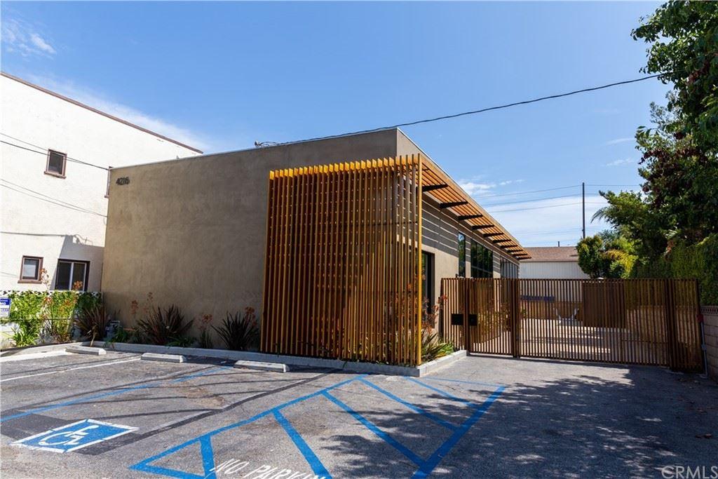 Photo of 4216 E 4th Street, Long Beach, CA 90814 (MLS # PW21158716)