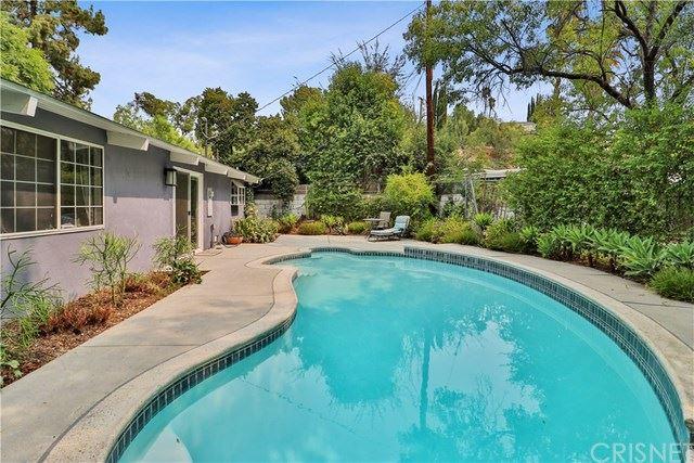 Photo for 4954 Rigoletto Street, Woodland Hills, CA 91364 (MLS # SR20185716)