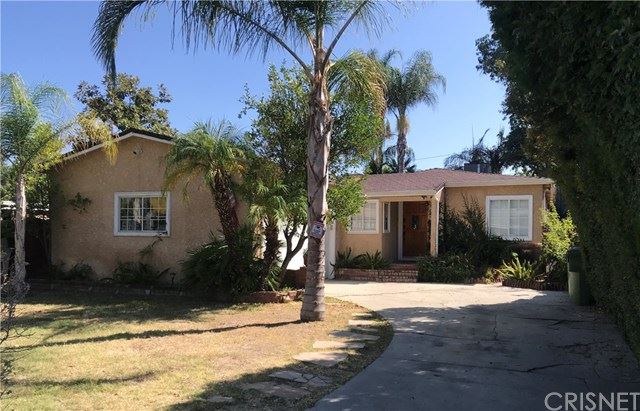 Photo of 22606 Dolorosa Street, Woodland Hills, CA 91367 (MLS # SR20198716)