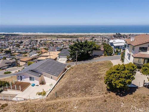 Photo of 2620 Nutmeg Avenue, Morro Bay, CA 93442 (MLS # NS20157717)
