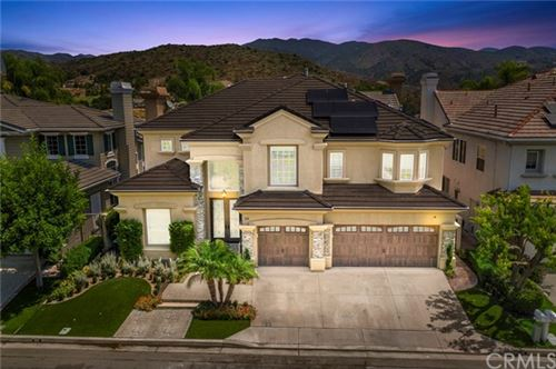 Photo of 26 Barneburg, Rancho Santa Margarita, CA 92679 (MLS # PW20170717)