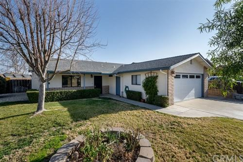 Photo of 417 Redwood Court, Paso Robles, CA 93446 (MLS # NS21012718)