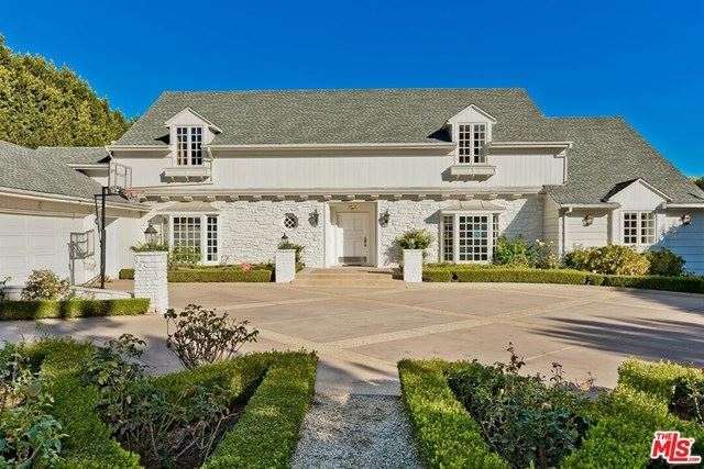 Photo of 714 N Sierra Drive, Beverly Hills, CA 90210 (MLS # 21697718)