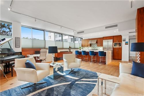 Photo of 17352 W Sunset Boulevard #102, Pacific Palisades, CA 90272 (MLS # PW21220720)