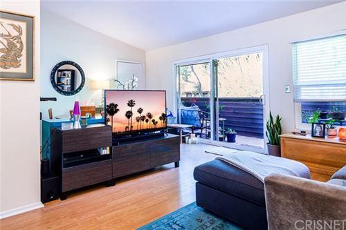 Photo of 7304 Corbin Avenue #L, Reseda, CA 91335 (MLS # SR20217720)