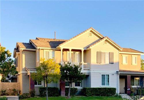Photo of 27448 Coldwater Drive, Valencia, CA 91354 (MLS # SR21032720)
