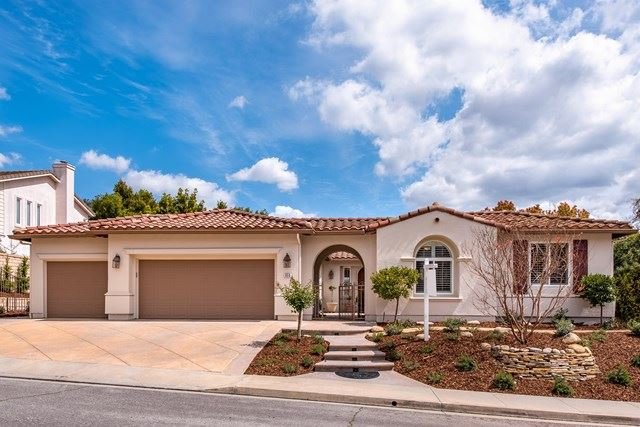 Photo of 958 Westbluff Place, Simi Valley, CA 93065 (MLS # 220002720)
