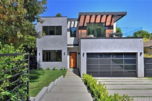 Photo of 15227 Valley Vista Boulevard, Sherman Oaks, CA 91403 (MLS # SR21030721)