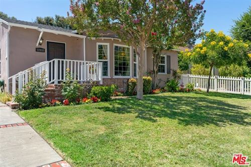 Photo of 12832 Halkirk Street, Studio City, CA 91604 (MLS # 20611722)