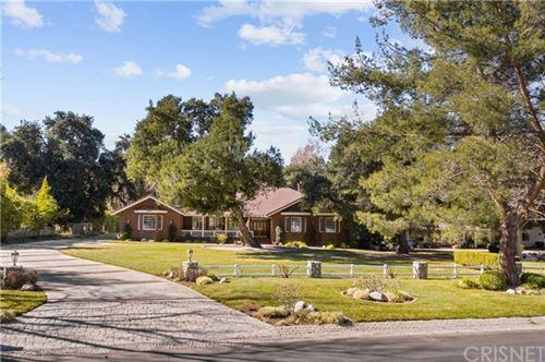 Photo of 26623 Macmillan Ranch Road, Canyon Country, CA 91387 (MLS # SR21009723)