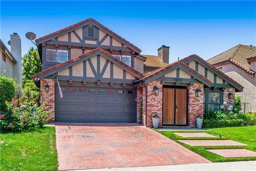Photo of 29850 QUAIL RUN Drive, Agoura Hills, CA 91301 (MLS # SR21166723)
