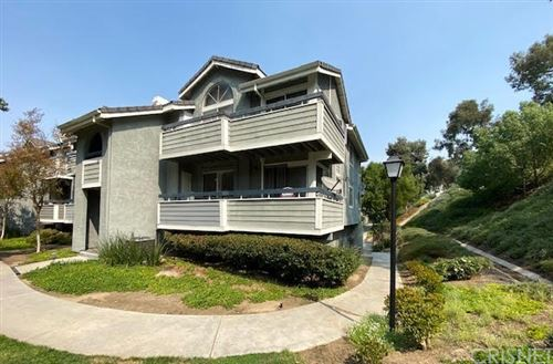 Photo of 26908 Flo Lane #467, Canyon Country, CA 91351 (MLS # SR21211723)