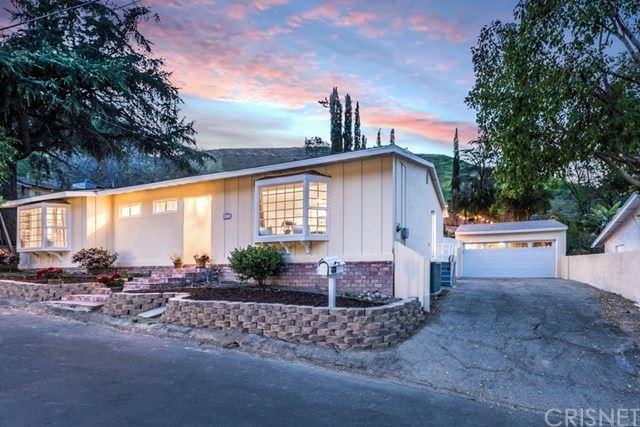 Photo of 4791 Excelente Drive, Woodland Hills, CA 91364 (MLS # SR21076723)