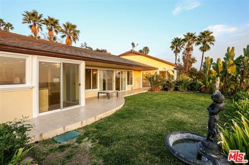 Photo of 2331 W ALLVIEW Terrace, Hollywood, CA 90068 (MLS # 19538724)
