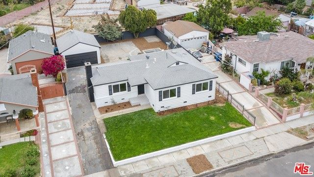 Photo of 8134 Alcove Avenue, North Hollywood, CA 91605 (MLS # 21719724)