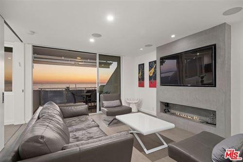 Photo of 2 Ketch Street #202, Marina del Rey, CA 90292 (MLS # 20653726)