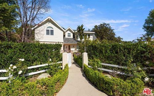 Photo of 15259 Valley Vista Boulevard, Sherman Oaks, CA 91403 (MLS # 21715726)