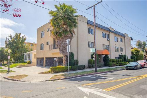Photo of 1677 Ave. Westholme Avenue, Westwood - Century City, CA 90024 (MLS # SR21047726)