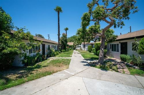 Photo of 332 S Newhope Street, Santa Ana, CA 92704 (MLS # NP21141727)
