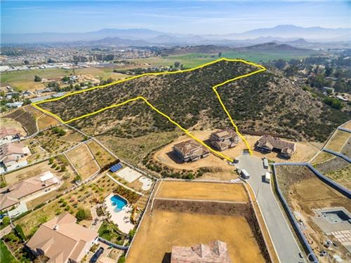 Photo of 26164 Waldon Rd, Menifee, CA 92584 (MLS # SW21064727)