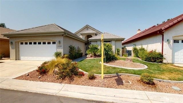 11228 Country Club Drive, Apple Valley, CA 92308 - MLS#: TR20221727