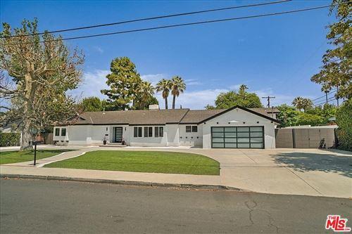 Photo of 5360 Amestoy Avenue, Encino, CA 91316 (MLS # 21773728)