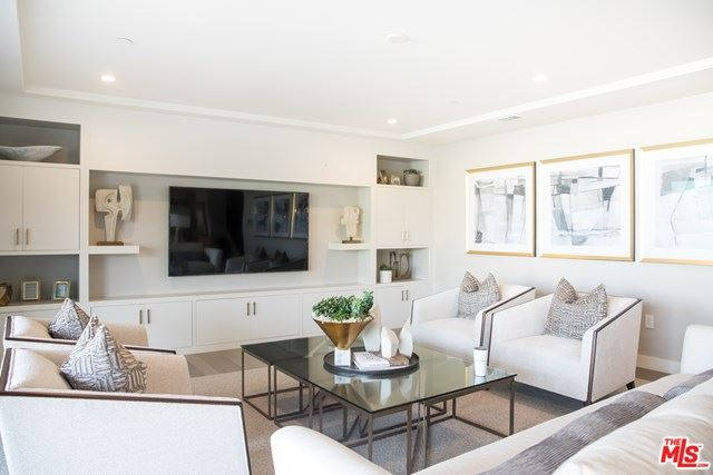 Photo of 17320 TRAMONTO Drive #902, Pacific Palisades, CA 90272 (MLS # 20570728)