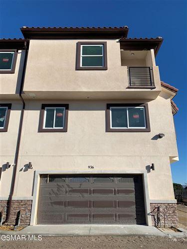 Photo of 936 Warwick Avenue, Thousand Oaks, CA 91360 (MLS # 221005729)