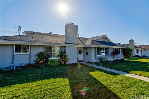 Photo of 5572 Edinger Avenue, Huntington Beach, CA 92649 (MLS # IV21010729)