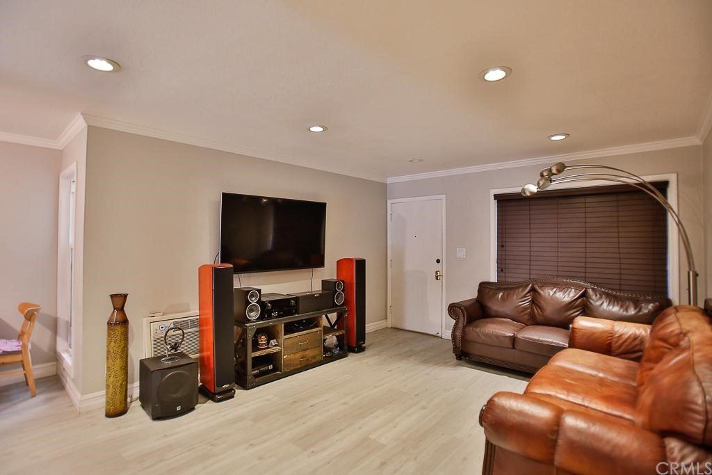 1040 W Macarthur Boulevard #85, Santa Ana, CA 92707 - MLS#: OC21222730