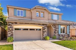 Photo of 29220 Garnet Canyon Drive, Saugus, CA 91390 (MLS # SR19237731)