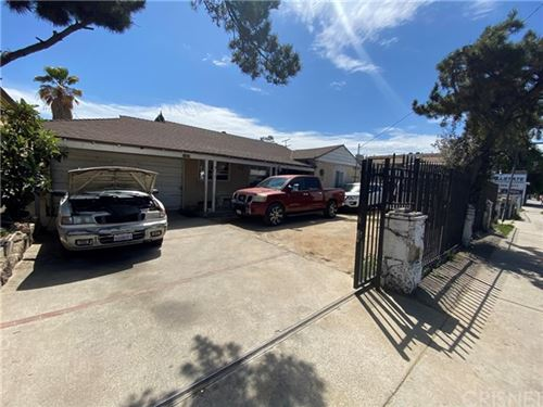 Photo of 11618 Victory Boulevard, North Hollywood, CA 91606 (MLS # SR21073731)