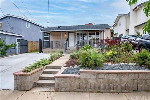 Photo of 206 W Oak Avenue, El Segundo, CA 90245 (MLS # SB21118733)
