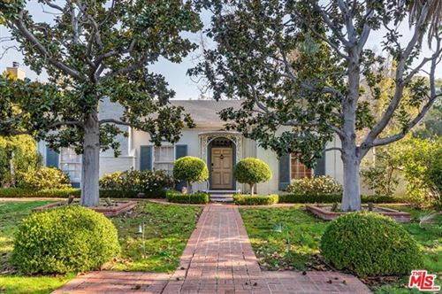 Photo of 606 N CRESCENT Drive, Beverly Hills, CA 90210 (MLS # 20544734)