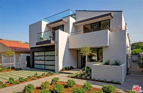 Photo of 2810 Glendon Avenue, Los Angeles, CA 90064 (MLS # 20649734)