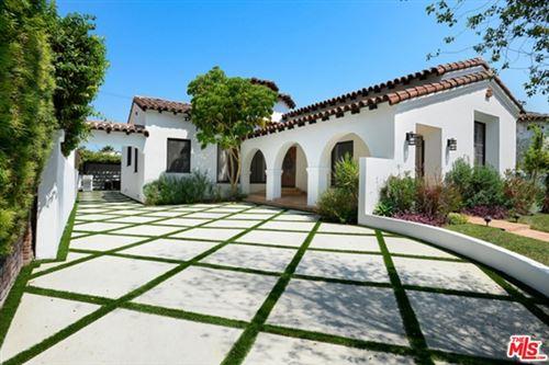 Photo of 128 S Kilkea Drive, Los Angeles, CA 90048 (MLS # 20665734)