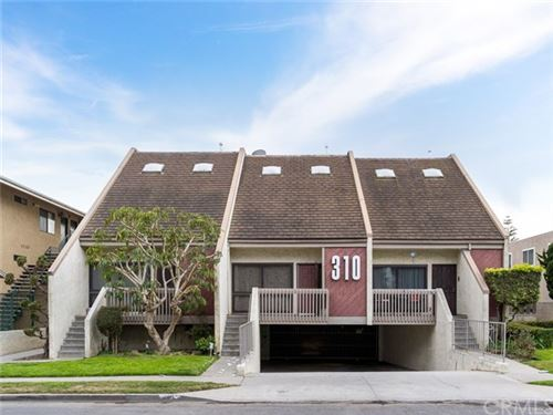 Photo of 310 W Imperial Avenue #4, El Segundo, CA 90245 (MLS # SB21051735)